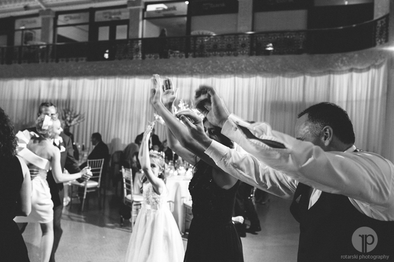 photojournalistic wedding photography chicago, rotarski photography (209)